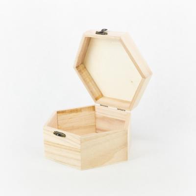 Fa fedeles doboz hatszögletű 16×8 cm