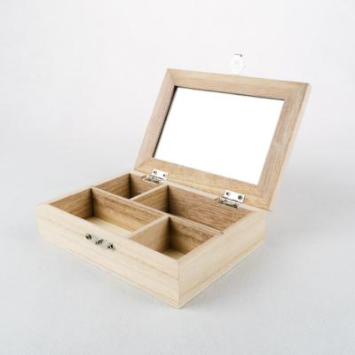 Fa tükrös doboz rekeszes peremes 14×10×3,5 cm