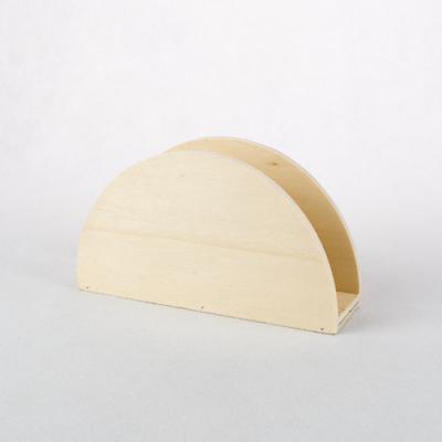 Fa szalvétatrató íves 13×7,5×4 cm