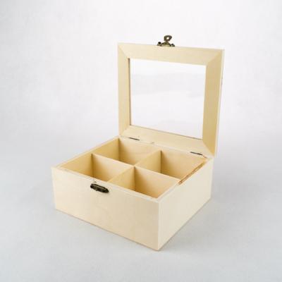 Fa teafiltertató átlátszó tetővel négy rekeszes 16×14×6,5 cm