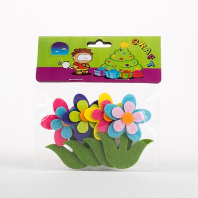 Filc virág szárral öntapadós 4 db-os