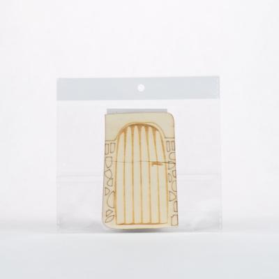 Lézervágott fa dísz ajtó 9,5×6 cm