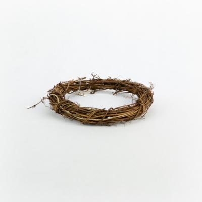 Venyigekoszorú barna 15 cm